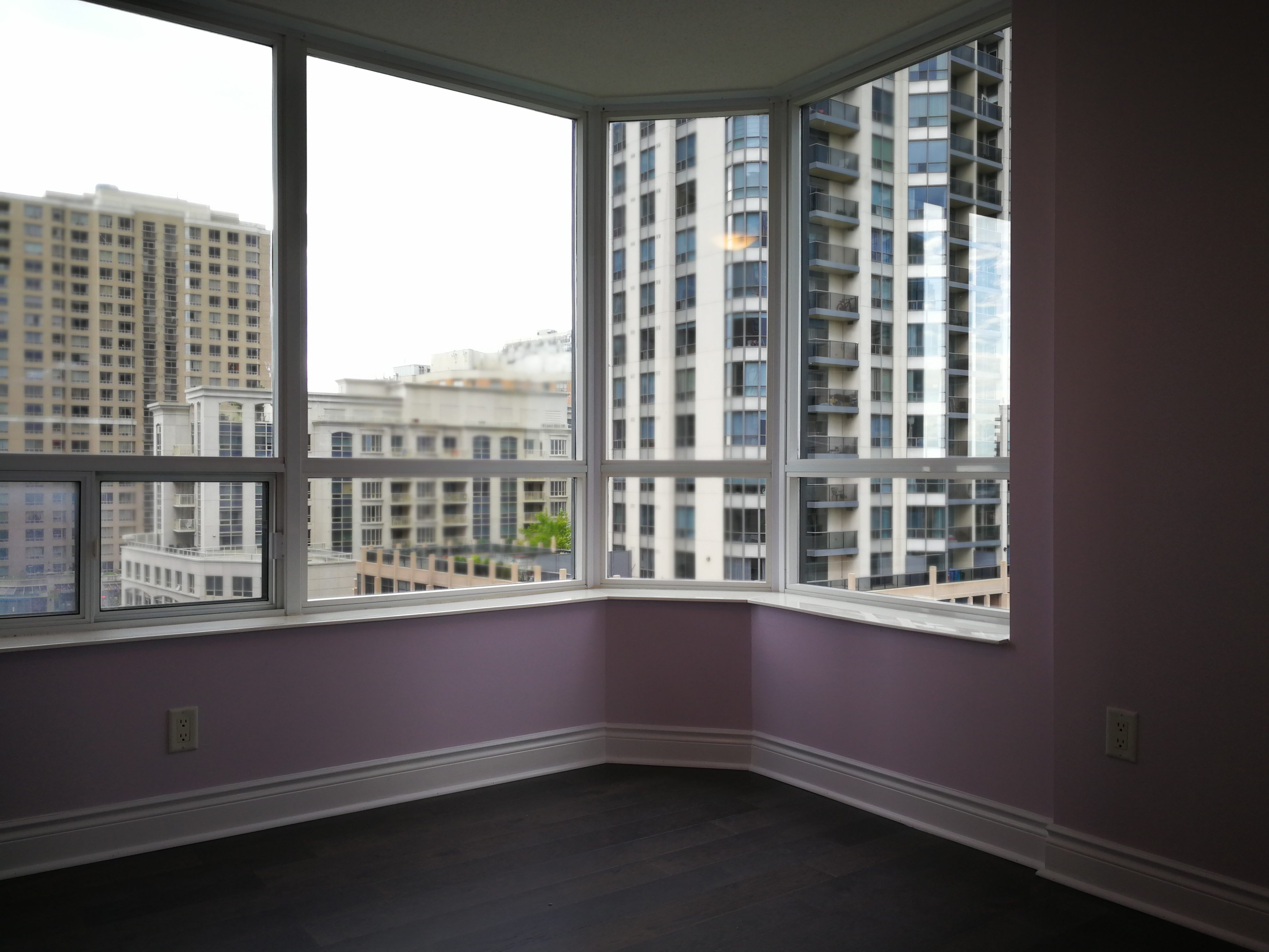 How much to paint my condo in toronto condo painting mi painting for How much paint for a 2 bedroom apartment